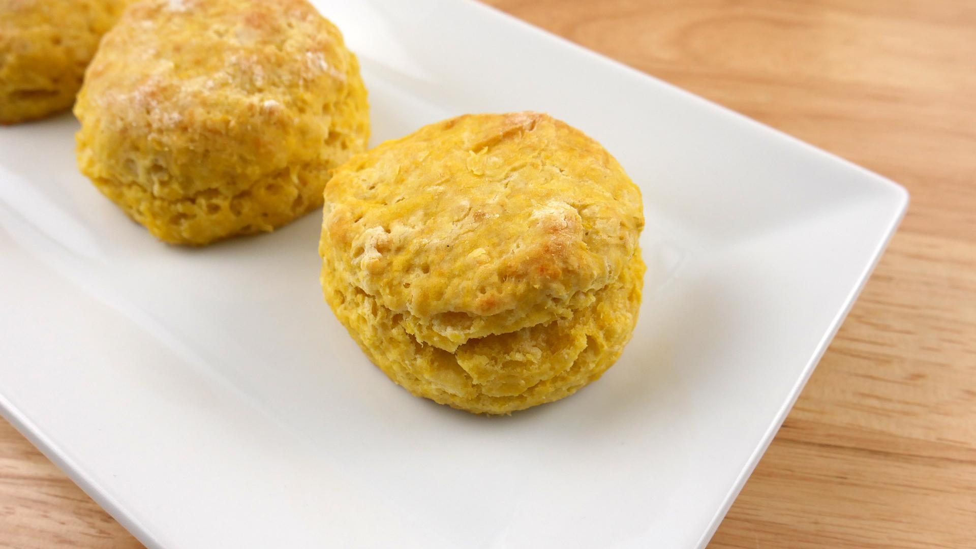 Pãezinhos de Abóbora (Pumpkin Biscuits)