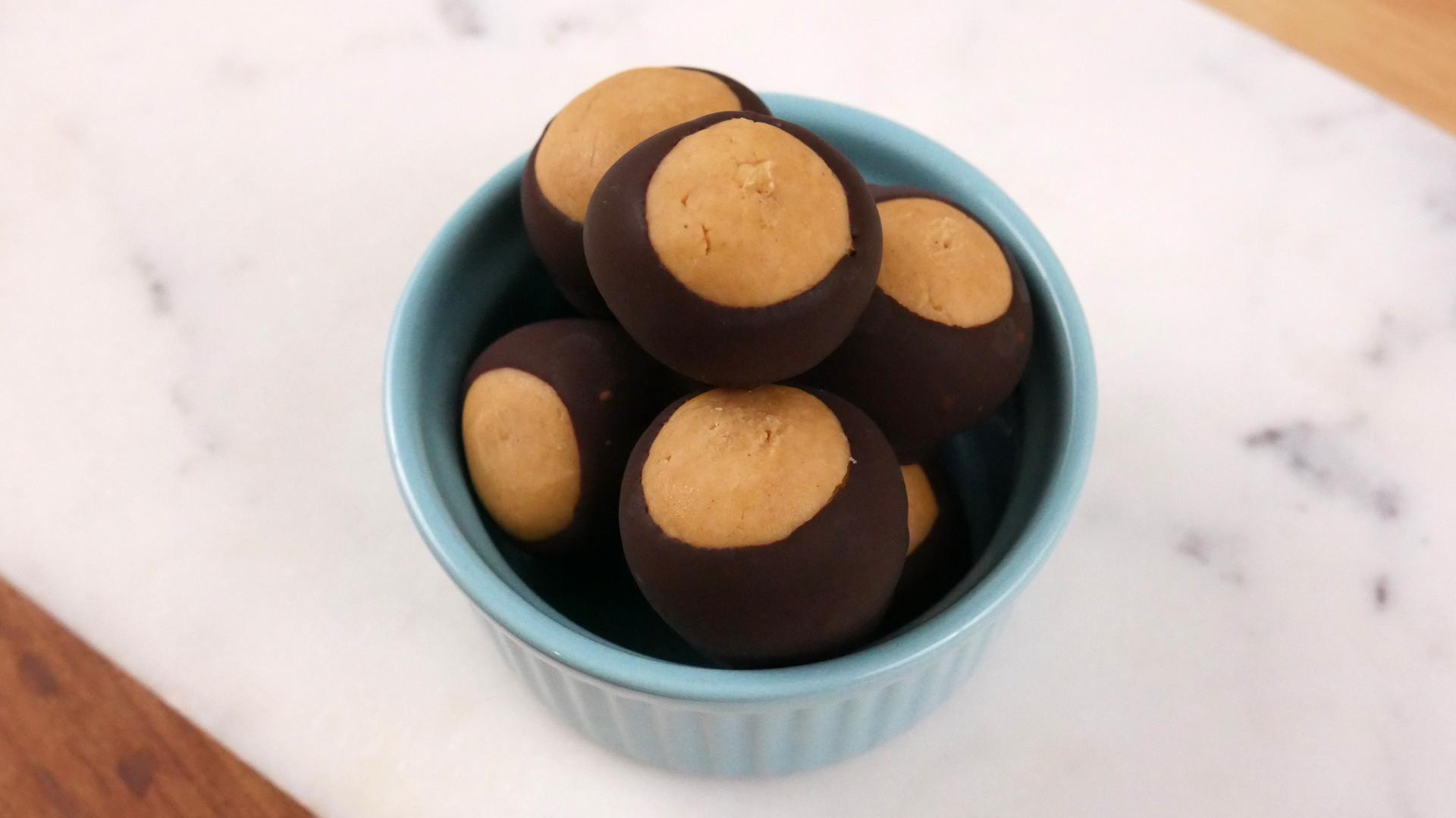 Bombom de Manteiga de Amendoim (Buckeye)