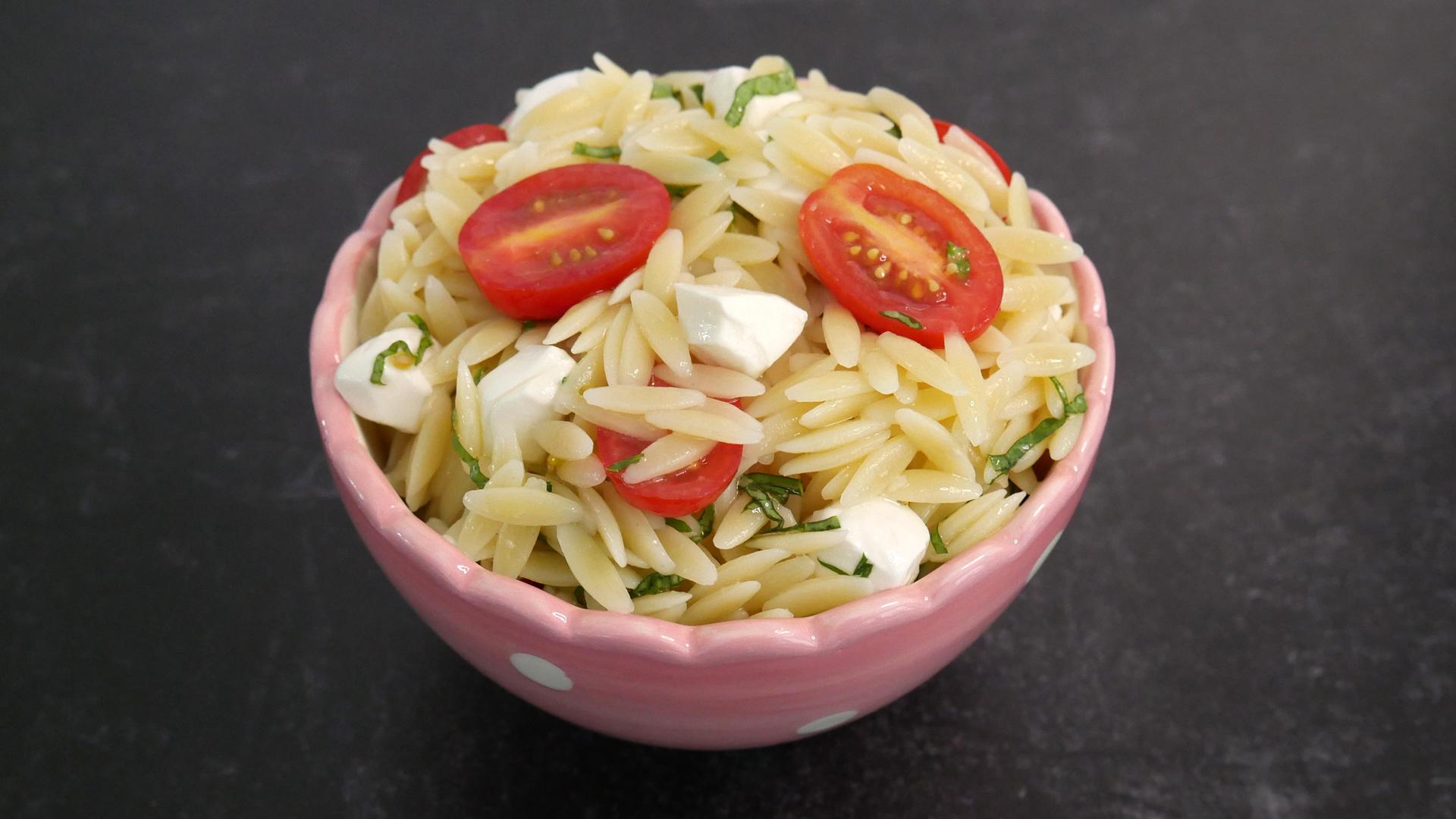 Salada Risoni Caprese