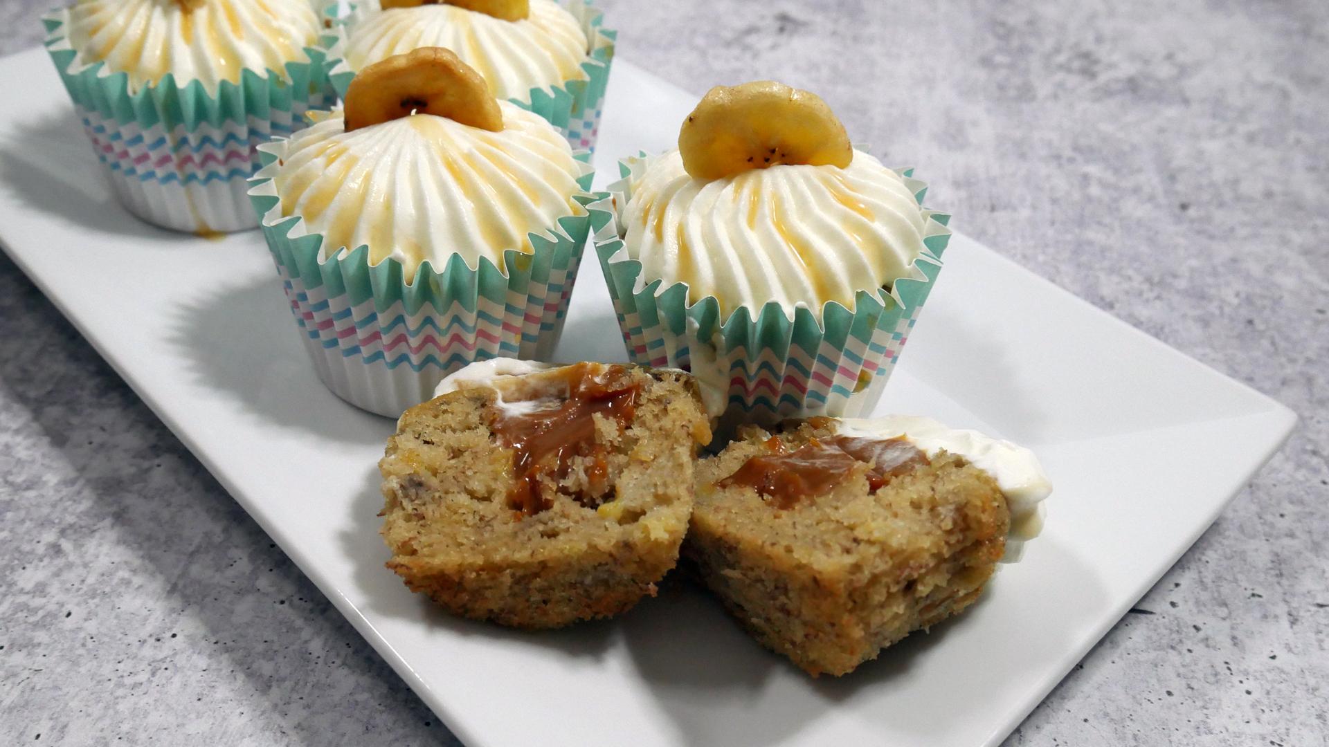 Cupcakes de Banana com Doce de Leite