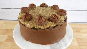 Bolo de Chocolate Alemão (German Chocolate Cake)